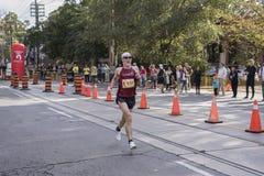TORONTO, ON/CANADA - OCT 22, 2017: Maratońskiego biegacza Robert passin Zdjęcia Stock