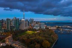 Toronto, CANADA - 23 octobre 2018 : Vue panoramique sur les affaires p images stock