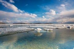 Toronto Cherry Beach under vinter Arkivbilder
