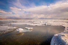Toronto Cherry Beach under vinter Arkivfoto