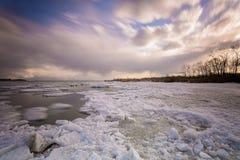 Toronto Cherry Beach under vinter Arkivbild
