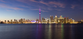 Toronto-Dämmerungsstadtbild Lizenzfreie Stockbilder