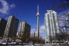 Toronto du centre avec la tour iconique photo stock