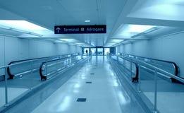 Toronto flygplatskorridor Royaltyfria Foton
