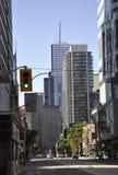 Toronto, 24 Juni: Straatmening in het Financiële District van Toronto van de Provincie van Ontario in Canada Stock Afbeeldingen
