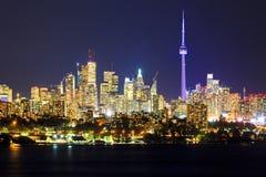Toronto Kanada bis zum Nacht Lizenzfreie Stockfotos