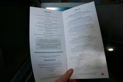 TORONTO, KANADA - 21. Januar 2017: Menü der während des Betriebsmahlzeit Air Canada-Business-Class Lizenzfreies Stockbild