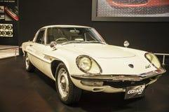 Toronto, Kanada - 2018-02-19: Mazda Cosmo, ein großartiges Reisencoupé mit erstem Dreh-Wankelmotor Mazdas, im Jahre 1967 produzie stockbilder