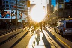 Toronto KANADA, Październik, - 10, 2018: Słońce na ulicach kanadyjczyk m zdjęcia stock