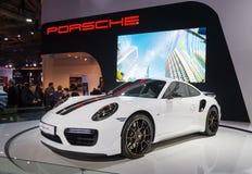Toronto Kanada - 2018-02-19: Porsche 911 exklusiva serie för turboladdare som S visas på utläggningen för Porsche AG på kanadensa Arkivfoton