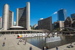 TORONTO KANADA, WRZESIEŃ, - 17, 2018: Widok Toronto znak na Na fotografia stock
