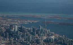 Toronto linia horyzontu od powietrza Zdjęcia Stock