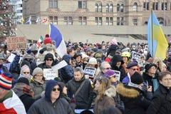 Toronto ludzie spotykają w czuwaniu Zdjęcie Stock