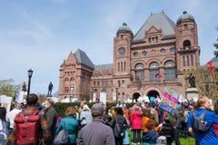 Toronto März für Wissenschaft im Queens-Park Lizenzfreie Stockfotografie