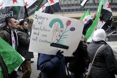 Verzameling aan teken 2 jaar van Syrische revolutie in Toronto Stock Foto