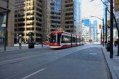 TORONTO, ONTARIO, KANADA - 23. M?rz 2019 - ?ffentliches Verkehrsmittel Torontos TTC - ?ffentlicher Transport im im Stadtzentrum g stockbilder