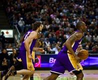 Toronto Rapters contra Los Ángeles Lakers Imagen de archivo libre de regalías