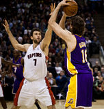 Toronto Rapters contre Los Angeles Lakers Image libre de droits