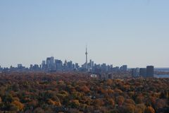 Toronto Skyline in the Fall Royalty Free Stock Photos