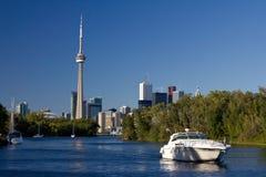 Toronto-Skyline von den Toronto-Inseln Stockbilder
