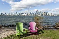 Toronto-Skyline von der Mitte-Insel lizenzfreie stockbilder