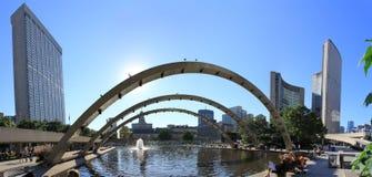 Toronto-Stadtzentrum panoramisch mit Gebäuden stockbild