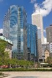 Toronto van de stad koningsstreptokok twee blauw bouwt geen tekens royalty-vrije stock foto