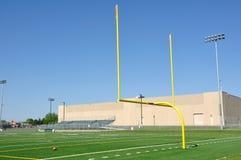 Torpfosten auf amerikanischem Fußballplatz Stockbild