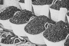 Torr örthibiskus för te i korgar Royaltyfria Bilder