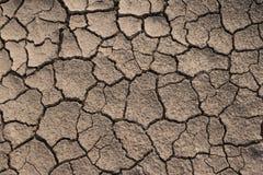 Torr och sprucken jordtextur Global klimatförändring Arkivbilder