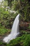 Torra nedgångar en 65 fot vattenfall arkivbild