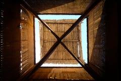 Torre árabe tradicional del viento en Dubai Foto de archivo libre de regalías