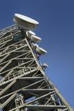 Torre 2 das telecomunicações imagens de stock