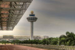 Torre 4 del control de tráfico del aeropuerto Imagen de archivo libre de regalías