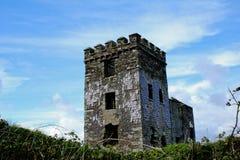 Torre abandonada del castillo foto de archivo libre de regalías