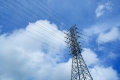 Torre ad alta tensione del cavo di potere Fotografie Stock