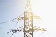Torre ad alta tensione dell'acciaio della posta di potere del cavo Immagine Stock Libera da Diritti