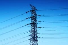 Torre ad alta tensione elettrica Immagine Stock
