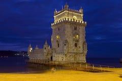 Torre alla notte - Lisbona di Belem Fotografia Stock Libera da Diritti