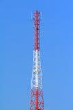 Torre alta da onda da transmissão Imagens de Stock