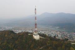 Torre alta da telecomunicação da estrutura fotos de stock royalty free