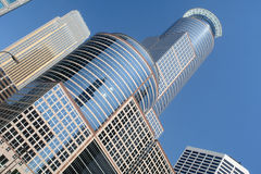 Torre alta do escritório de Minneapolis imagens de stock royalty free