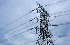 Torre alta elétrica Fotos de Stock