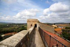 Torre antica delle pareti Fotografia Stock