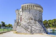 Torre antiga de pedra da fortaleza Trogir, Croatia Fotografia de Stock Royalty Free