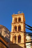 Torre antiga de Saint Catherine Monastery Lugar cristão sagrado em Egito, lugar da peregrinação e destino turístico famoso fotografia de stock royalty free