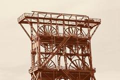 Torre antigua del eje Imagenes de archivo