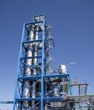Torre azul con los tubos industial Imagen de archivo