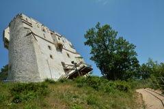 Torre blanca después de las paredes de Brasov Fotografía de archivo libre de regalías
