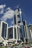 Torre blu del grattacielo nel Dubai, UAE Immagini Stock